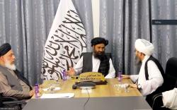 ملا برادر: تحریم برداشته شود و زندانیان آزاد شوند