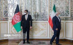 ظریف در دیدار با محب بر لزوم خروج امریکا تأکید کرد