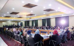 عبدالله عبدالله: حقوق زنان قابل معامله نیست