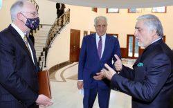 خلیلزاد به کابل برگشت تا واکنشها به طرح صلح را جمع کند