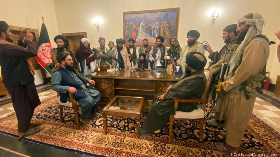 کابل ۱۰ روز در سیطرۀ طالبان؛ از خانه بیرون نشدهام